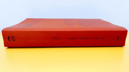 Azar Nafisi - Leggere Lolita a Teheran - immagine principale