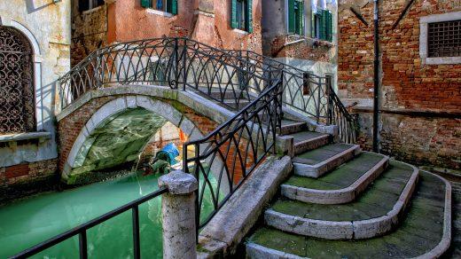 incroci una poesia dedicata a venezia