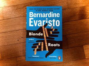 bernardine evaristo blonde roots recensione